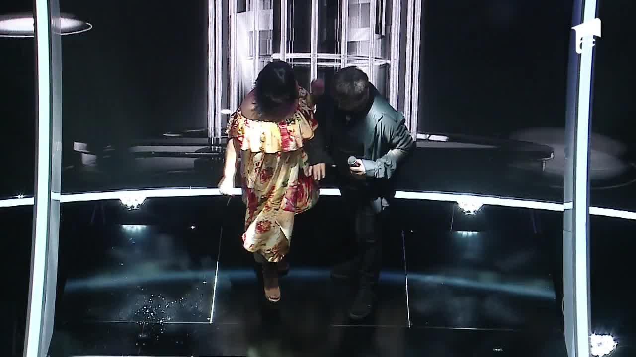 Te cunosc de undeva 2020: Monica Anghel & Marcel Pavel se transformă în Whitney Houston şi Enrique Iglesias - Could I Have This Kiss Forever