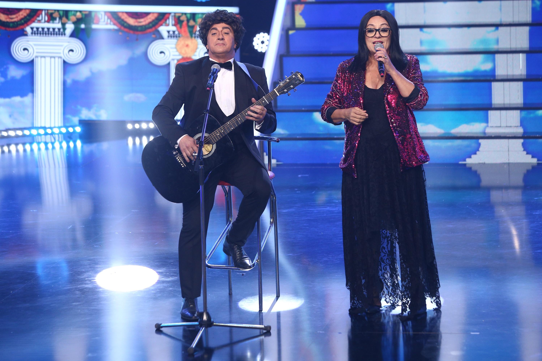 Te cunosc de undeva 2020: Romică Țociu și Adriana Trandafir se transformă în  Enrico Macias & Nana Moskouri - Milisse Mou