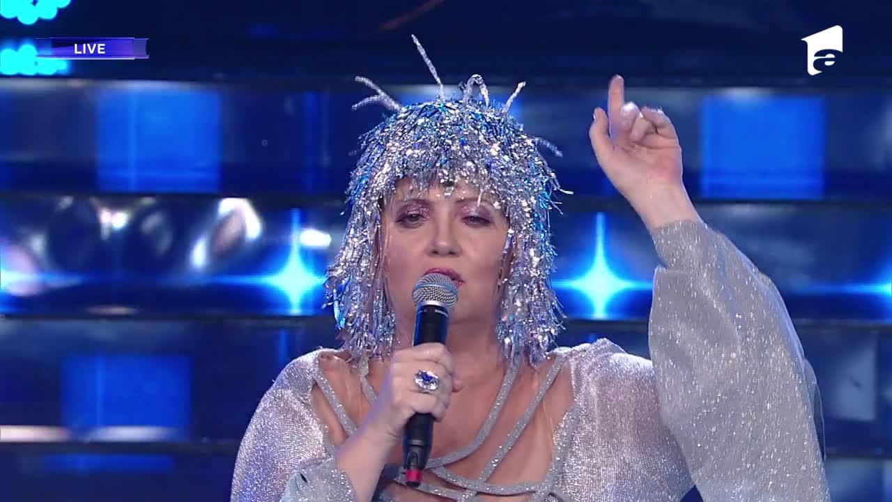 """Emilia Popescu se transformă în Cher - """"Believe"""", la Te cunosc de undeva!"""