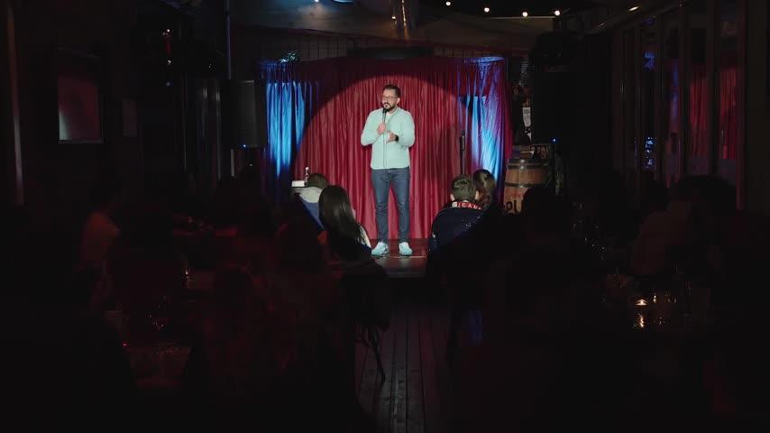 "Gabriel Gherghe ""Intrarea Gratuita"" Stand Up Comedy Special"
