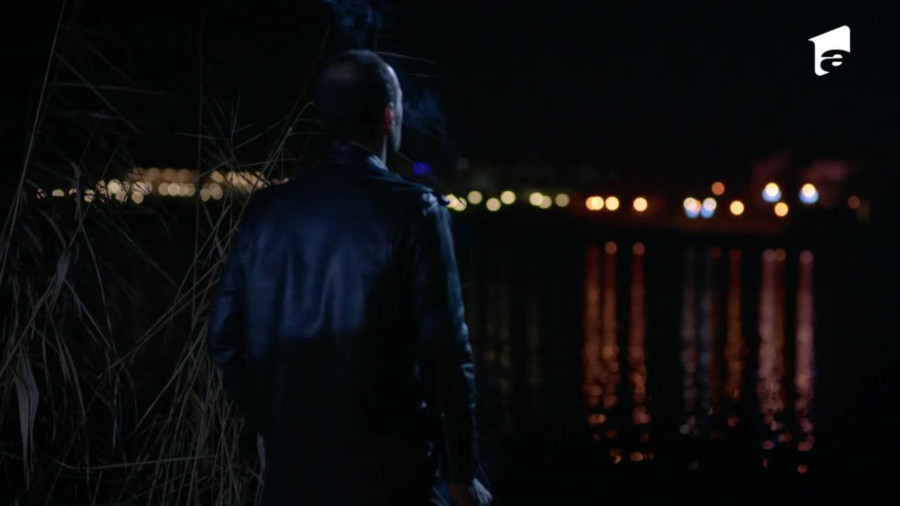 Adela, episodul 26. Andreea este atacată, dar Mihai o salvează în ultimul moment: Am auzit că nu știi să înoți!
