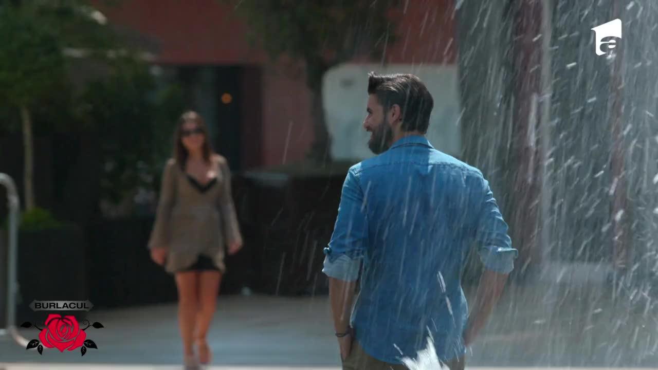 Oana are parte de o întâlnire romantică cu Burlacul, la un parc de distracții