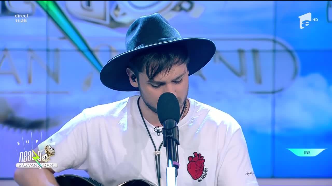 Adrian Petrache cântă piesa Lagrimas Negras, la Neatza cu Răzvan și Dani