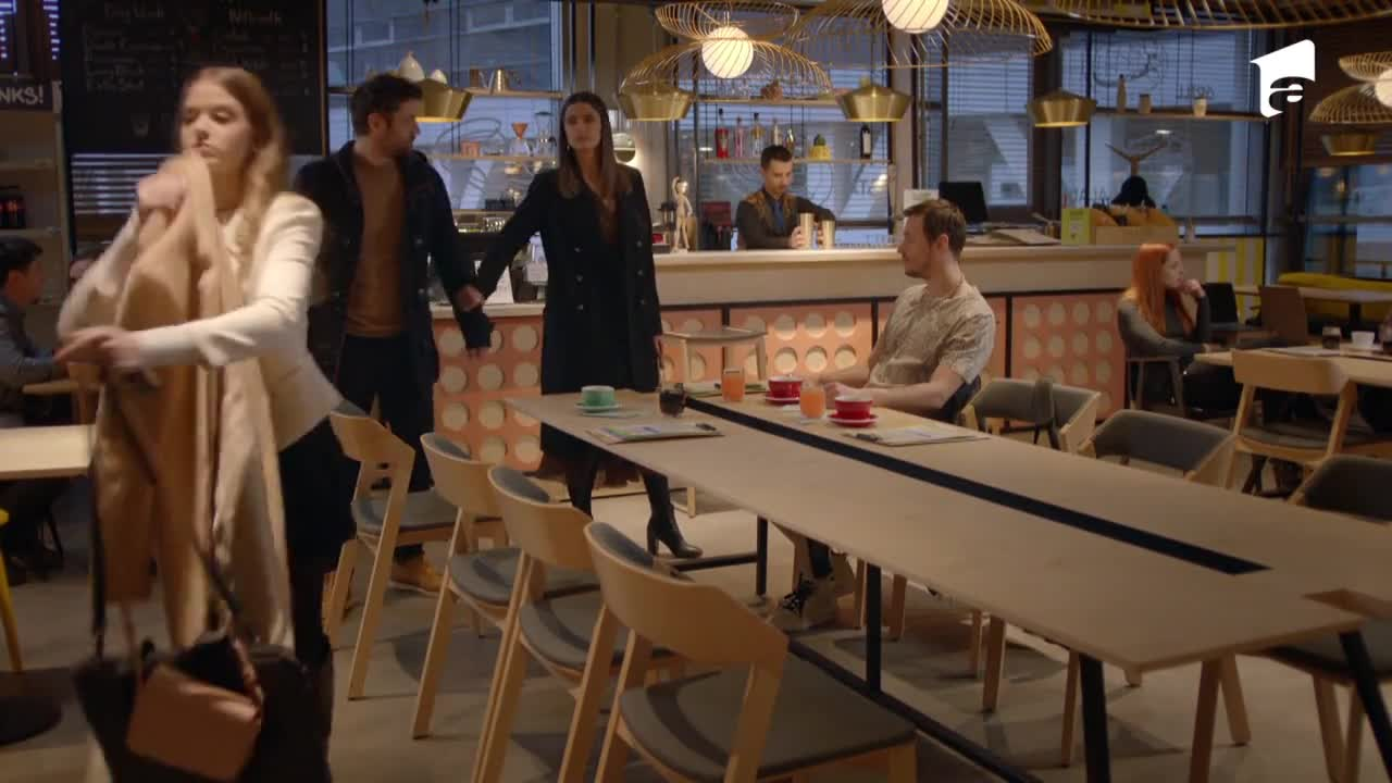 Adela, episodul 38. Mihai o surprinde pe Adela cu Adi la restaurant