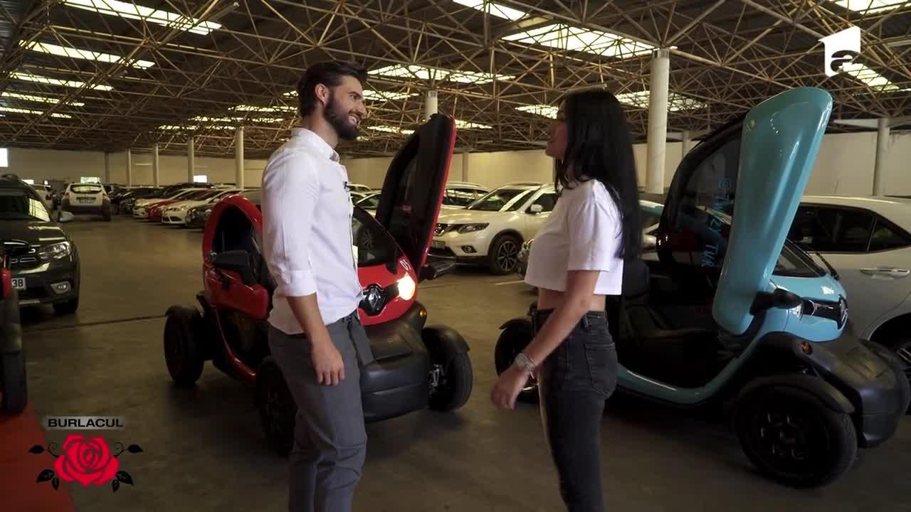 Andi și Simona, single date la volan! Cei doi au mers cu mașinile electrice prin Istanbul