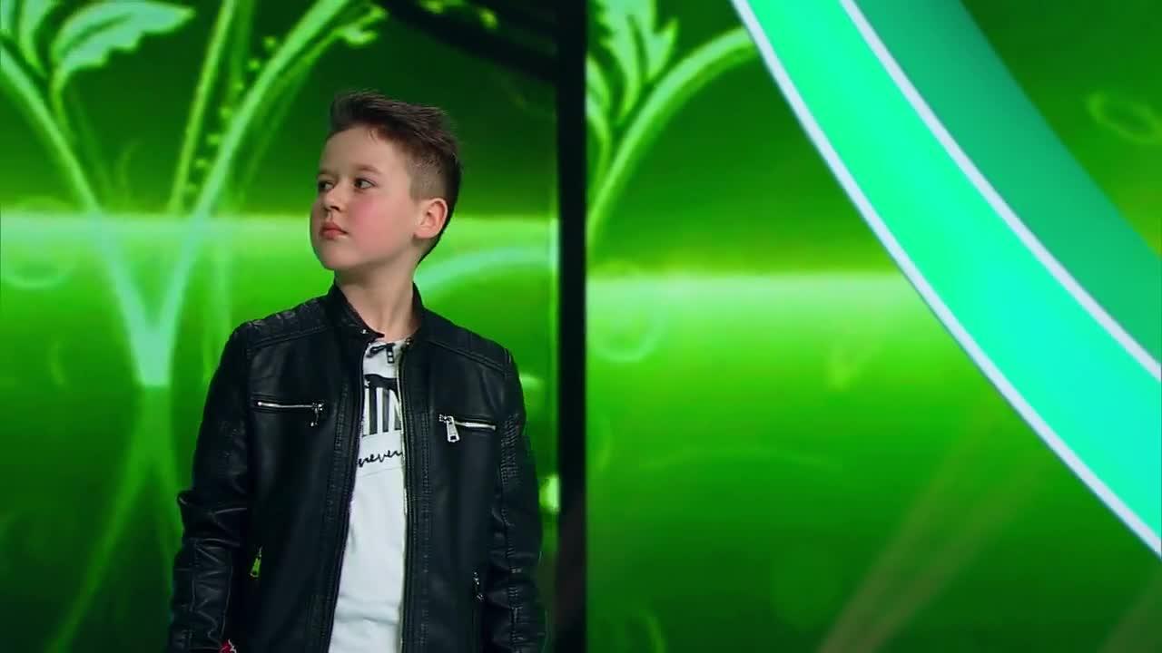 """Next Star - Sezonul 10: George Constantinescu - Interpretează piesa """"Au Înnebunit Salcâmii"""""""