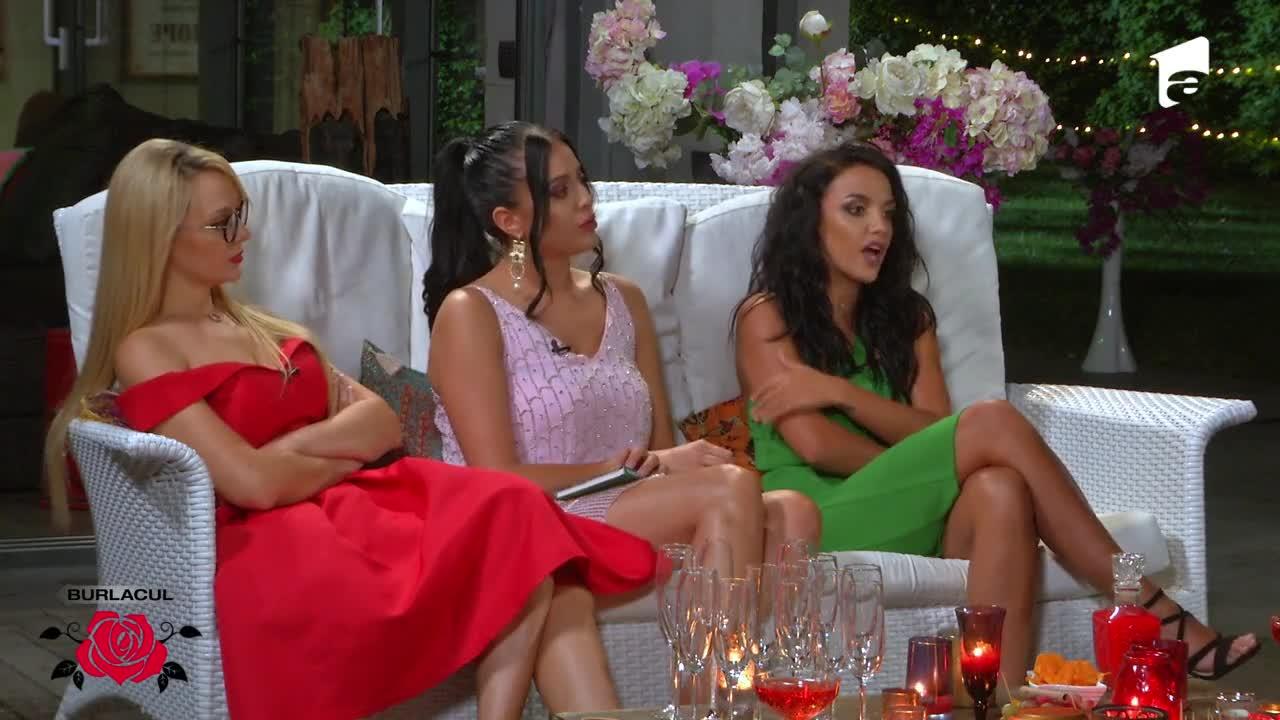 Scandal de proporţii între fete la cocktail party