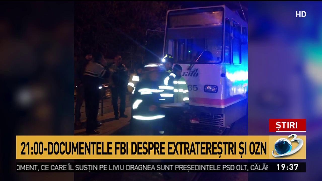 """Accident grav în București: Un bărbat a fost prins sub un tramvai pe şoseaua Viilor. ISU: """"Victima prezintă semne vitale"""""""