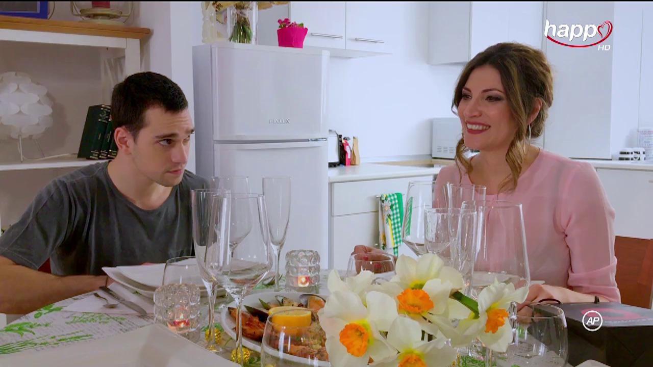 iSerial - Cand mama nu-i acasa - episodul 11